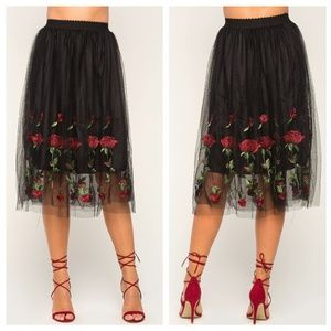 Dresses & Skirts - [Only one!]❤💚Valentine's Day Skirt